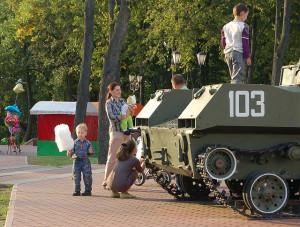 Tanks en pretpark gaan goed samen.